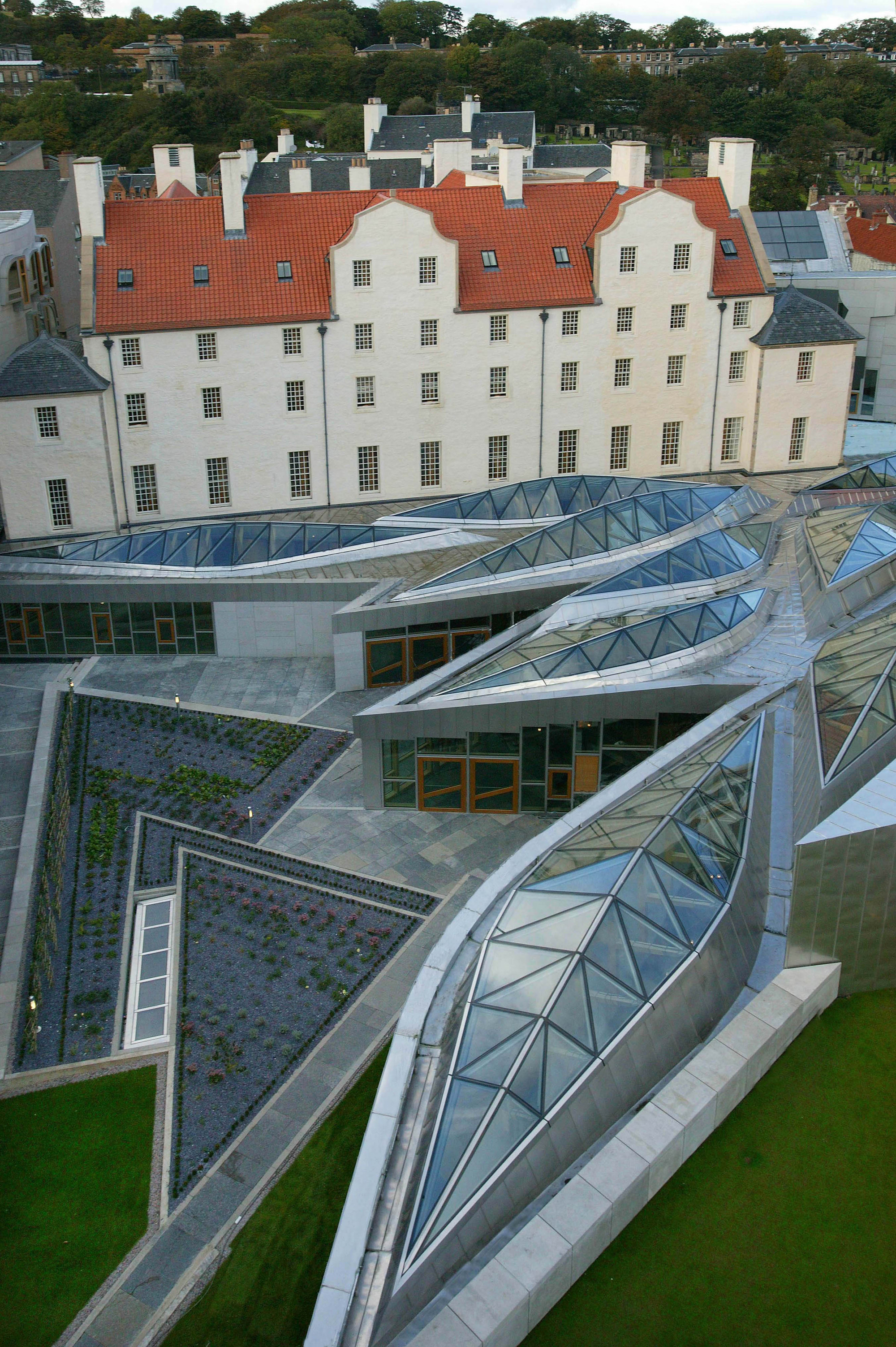 AD Classics: Scottish Parliament Building / Enric Miralles | ArchDaily