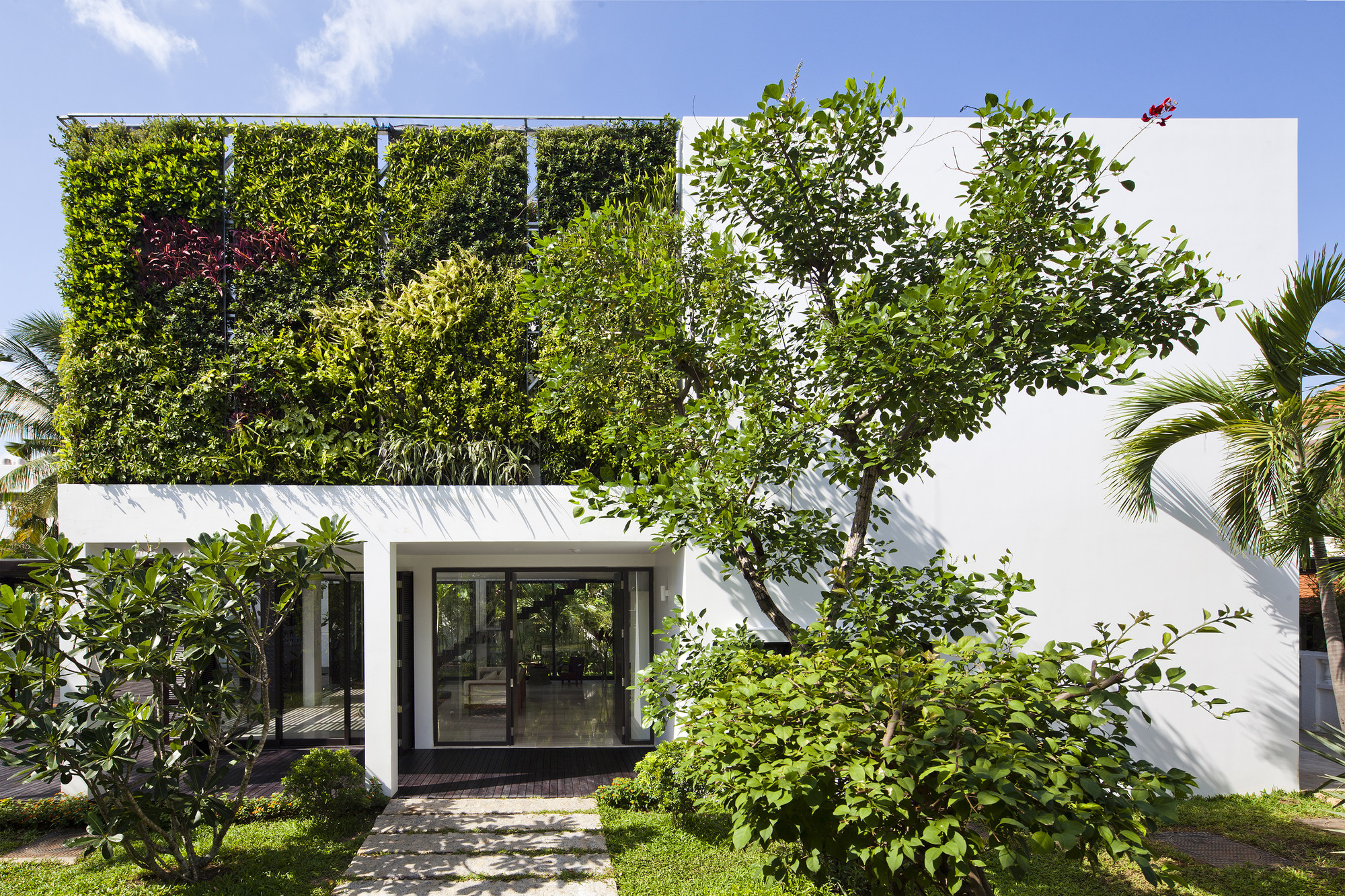 Thao Dien House / MM++ architects, © Hiroyuki OKI
