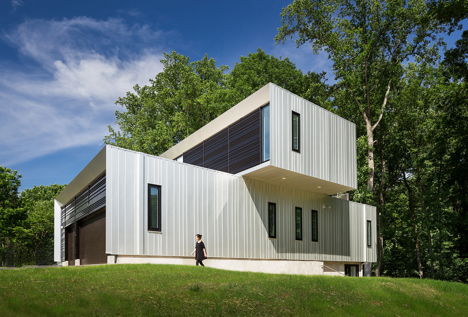 Bridge House / Höweler + Yoon Architecture, Courtesy of Höweler + Yoon Architecture, ©Jeff Wolfram