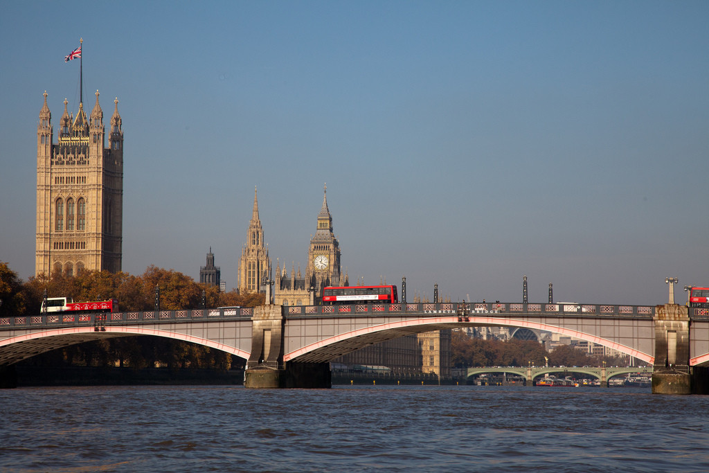 UK Politicians Invited to Workshop to Learn About Architecture, One possible activity for the workshop includes guided tours of London from the Thames. Image © Flickr CC User Donna Rutherford