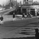 Desfile cívico frente al Negro Bueno en la década del 50. Image © Pedro Encina [Flickr]