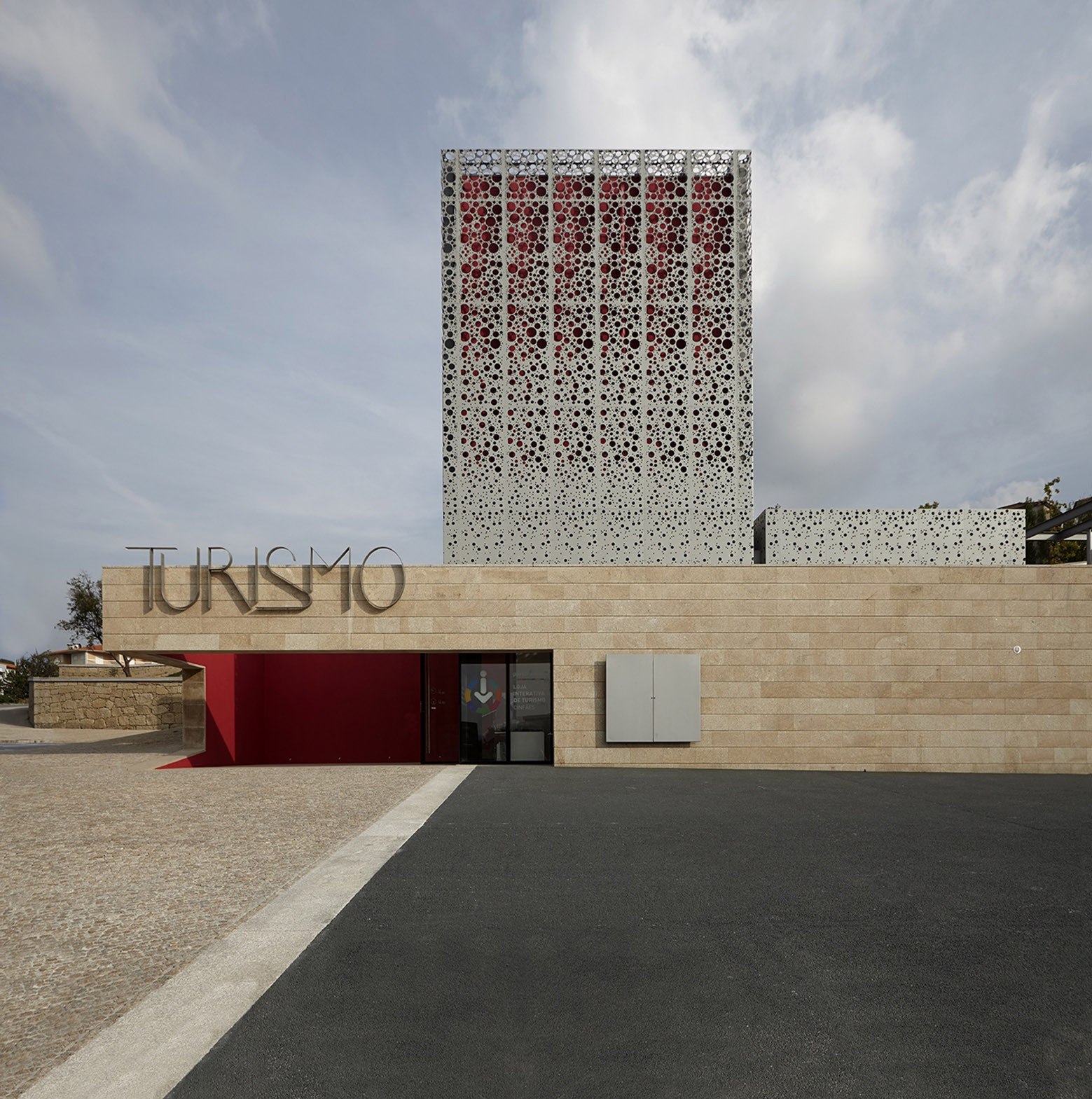 Tourist Office and Landscaping of Quinta do Aido / CG+LSC, © Pedro Lobo