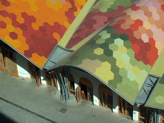 EMBT's Santa Caterina Market in Barcelona. Image © Ceramica Cumella
