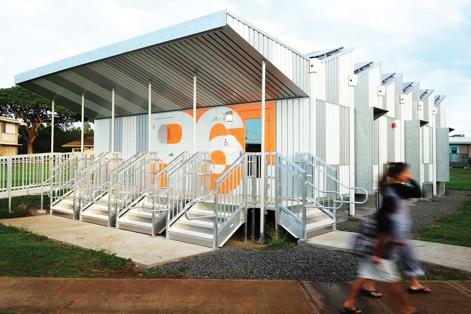 Energy positive relocatable classroom anderson anderson for Anderson architects