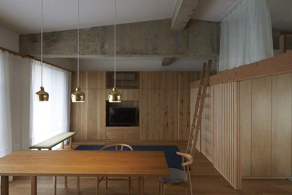 The Renovation of Kuzuha House / Yasutaka Kondo + Yoshiaki Nagasaka + Mamoru Nanba, © Yusuke Fujioka