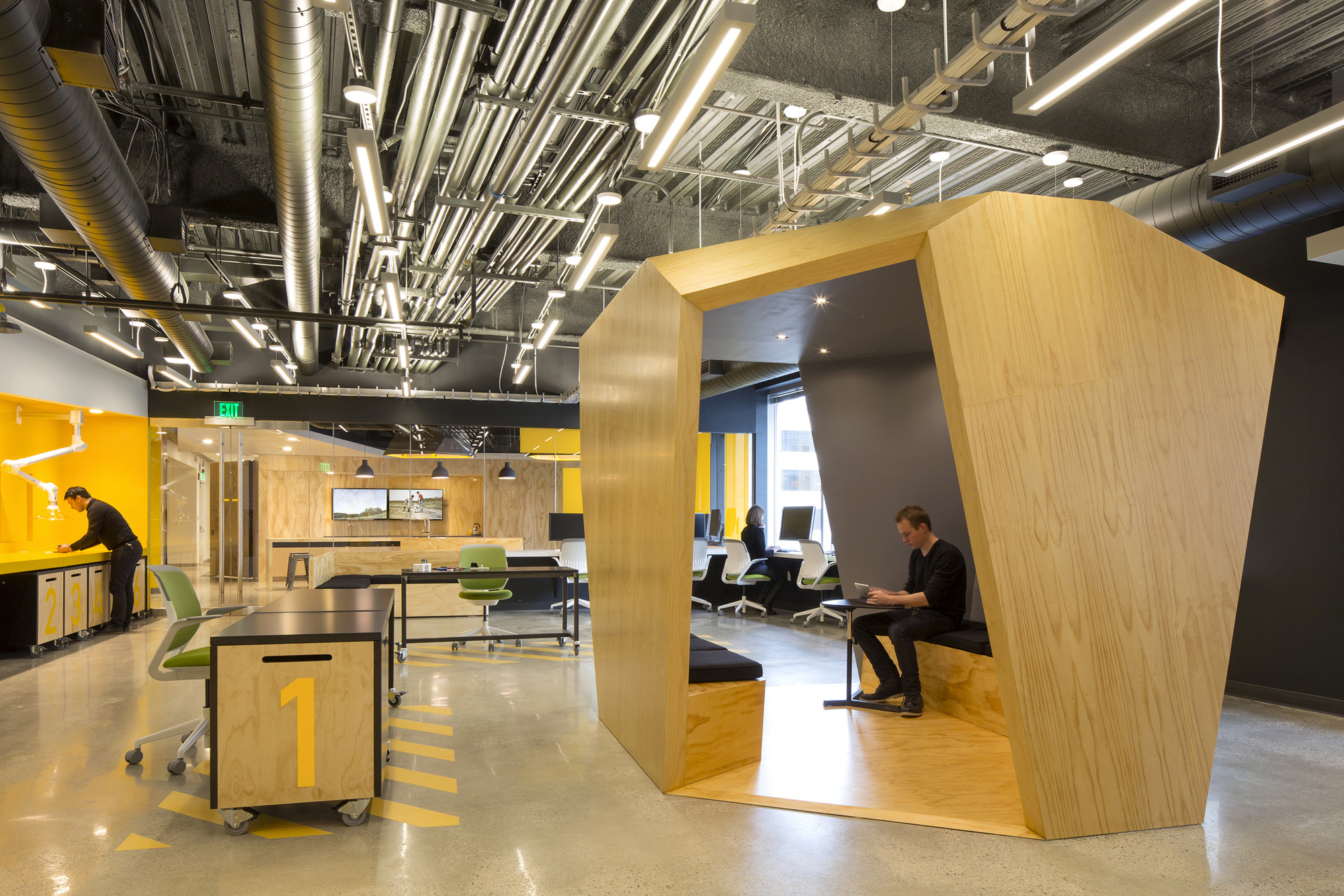 Mit Beaver Works Merge Architects Archdaily