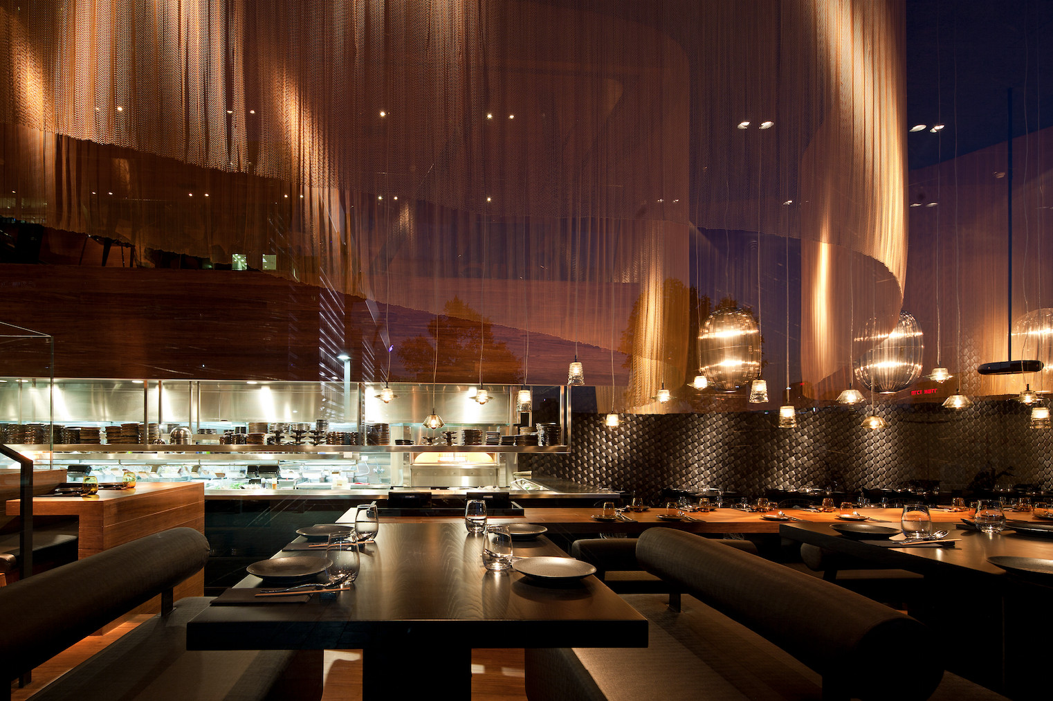 2014 restaurant bar design award winners archdaily for Interiores de restaurantes