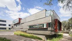 Ampliación y Reestructuración de la Escuela Secundaria de Castries / MDR Architectes