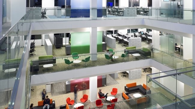 How to Design Offices for Clients Who Have Bigger Problems Than Design, How much impact can the configuration of an office have? Microsoft, Thames Valley Park by Perkins+Will. Image Courtesy of David Churchill
