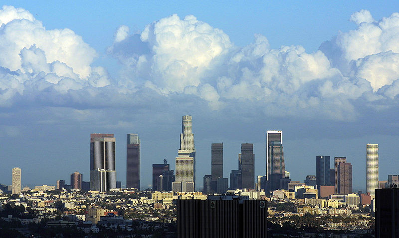 "Los Angeles Rids Itself of Helipad Requirement, Opens City to ""Bolder"" Skyline, Los Angeles, California. Image © Wikimedia Commons / Pintaric"