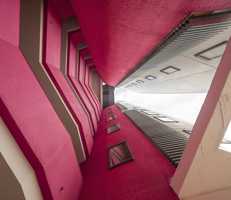 Collective Housing in Baró Tower / MiAS Architectes, © Adrià Goula