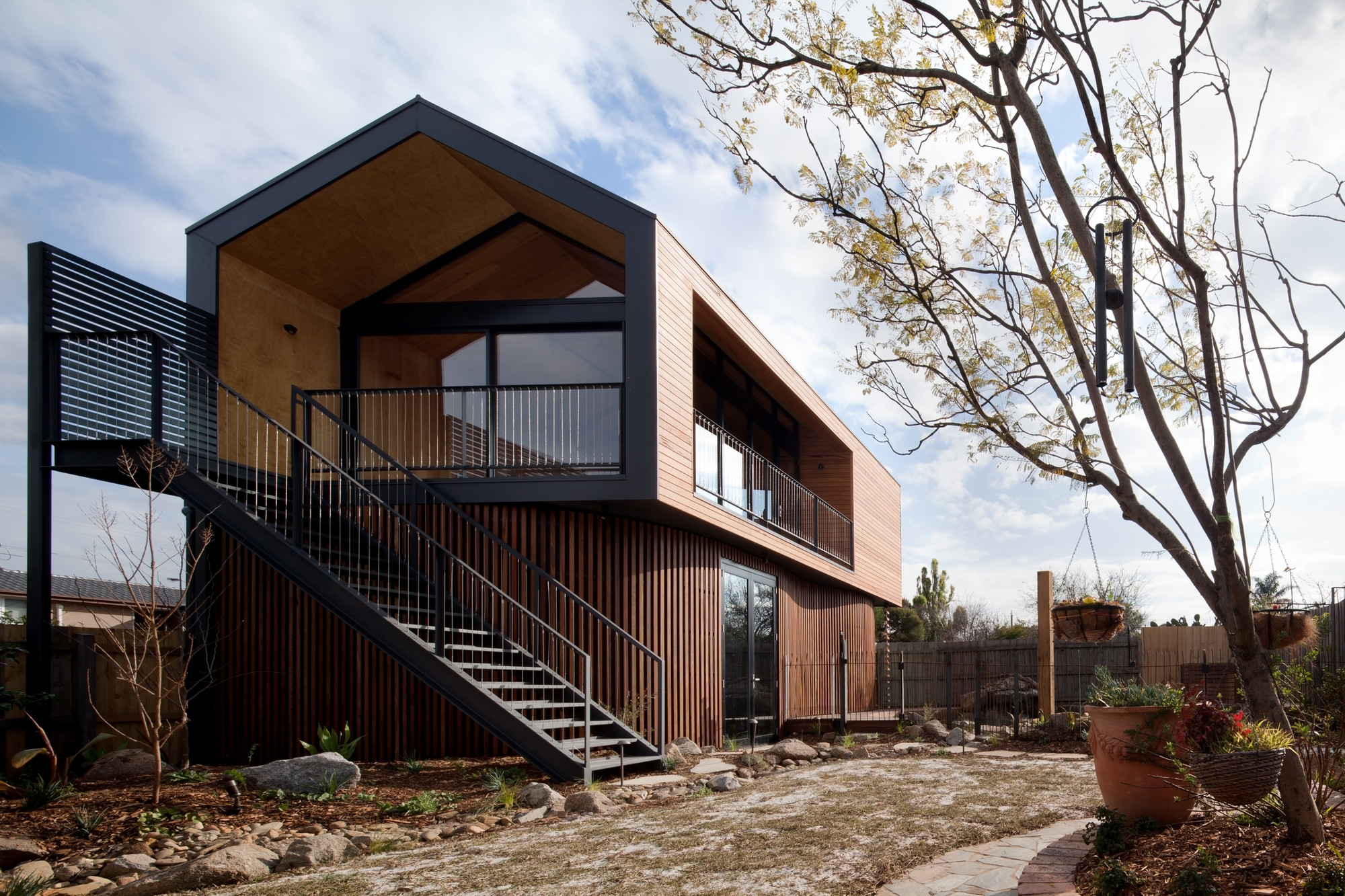 Artist's Studio / Chan Architecture, © Folded Bird Photography