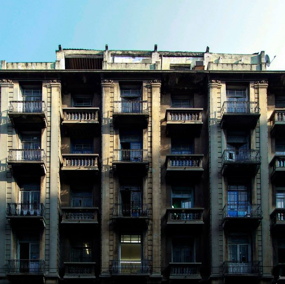 """""""Prédios de São Paulo"""", o projeto que documenta a história da cidade através de sua arquitetura, Edifício Augusto Gazeau localizado na Sé. Image © Milena Leonel"""
