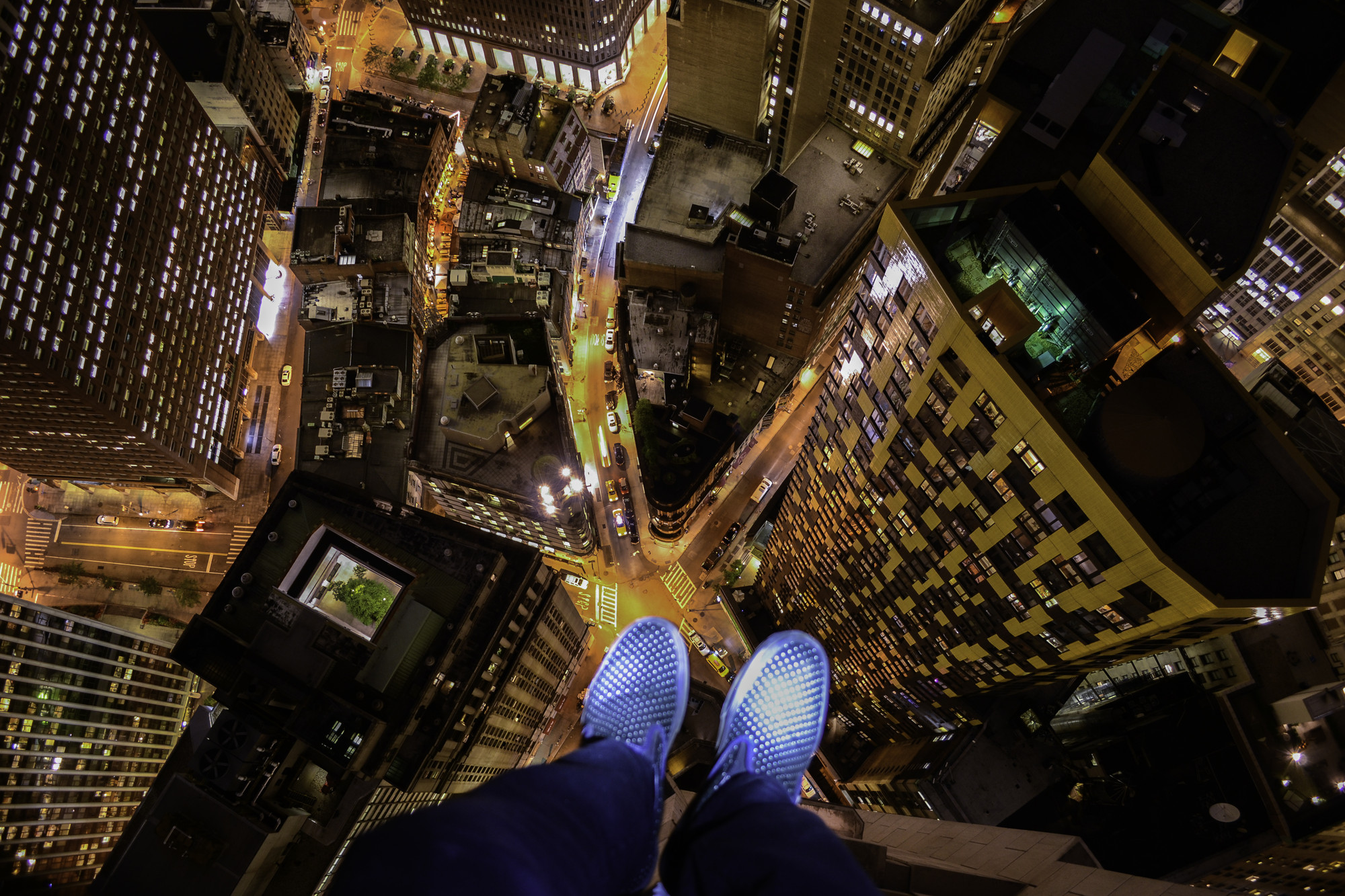 View From The Top Instagrammer Climbs NYCs Tallest BuildingC Demid Lebedev