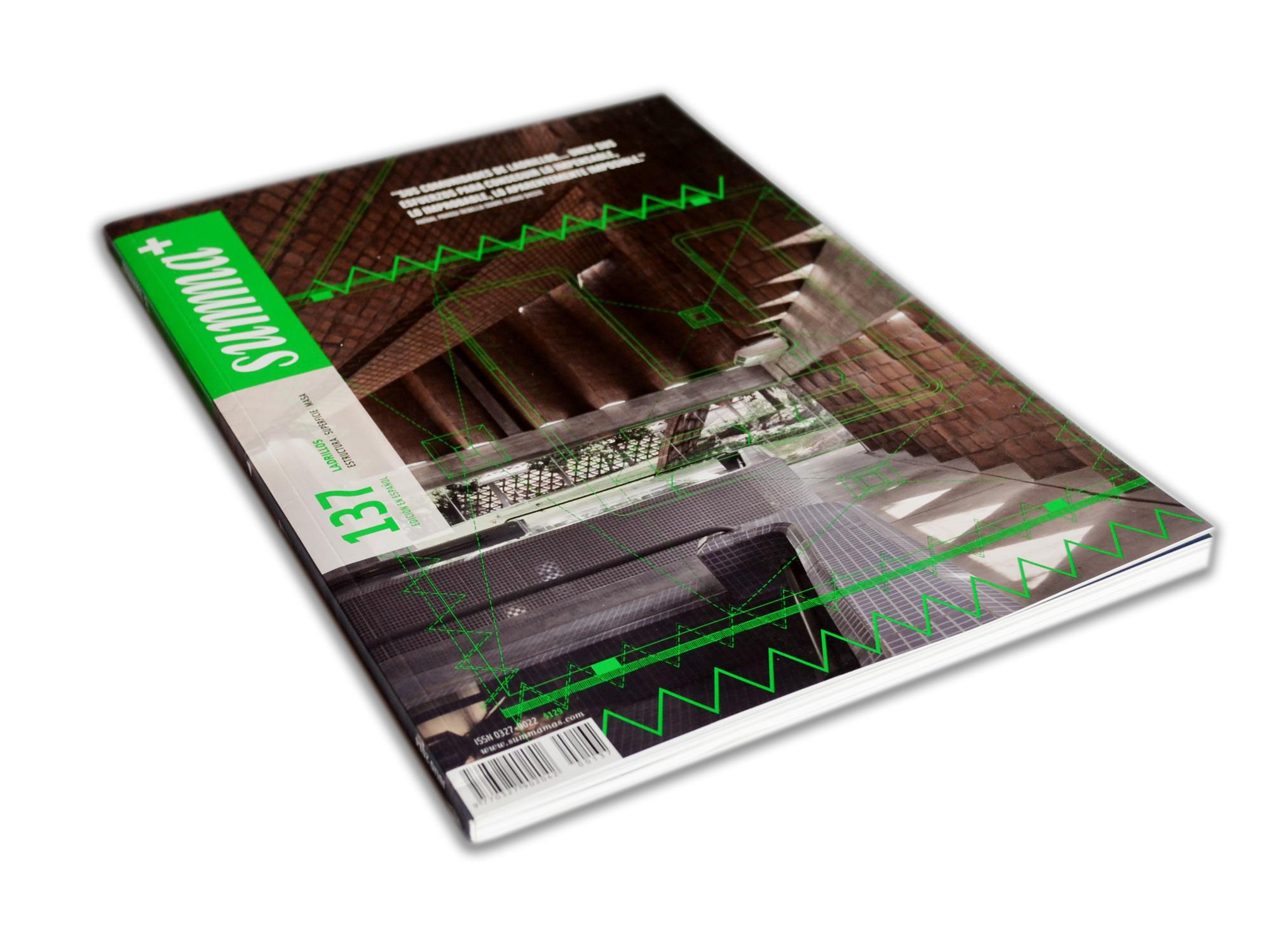 Summa + 137: Ladrillos. Estructura, Superficie, Masa