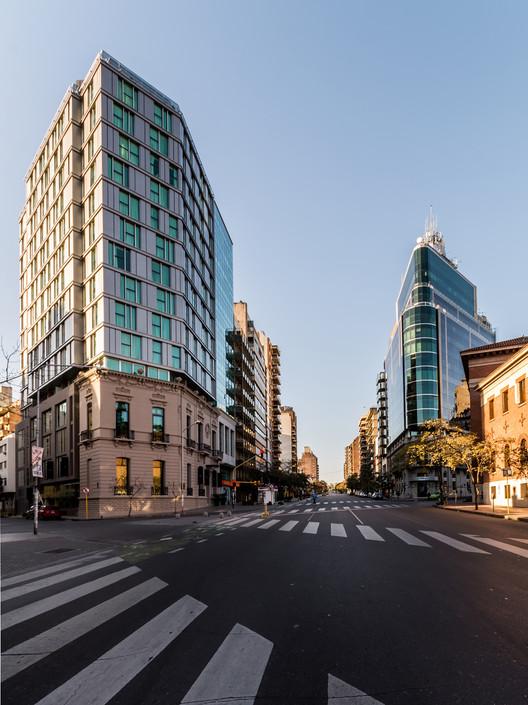 Hotel Y111 / Estudio FWAP Arquitectos + Estudio Jose Luis Lorenzo , © Gonzalo Viramonte