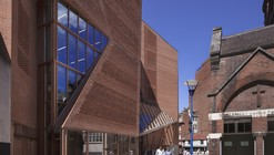 Centro de Estudiantes LSE Saw Hock / O'Donnell + Tuomey Architects
