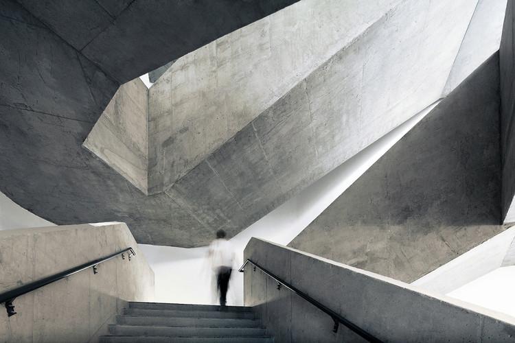 Campus de la Secundaria Fanshan Nr. 4 de Beijing / OPEN Architecture, © Xia Zhi