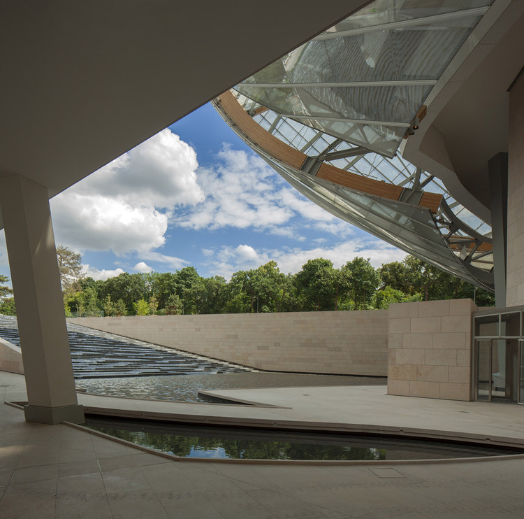 Fondation Louis Vuitton   Gehry Partners   ArchDaily 3b199b41a5a
