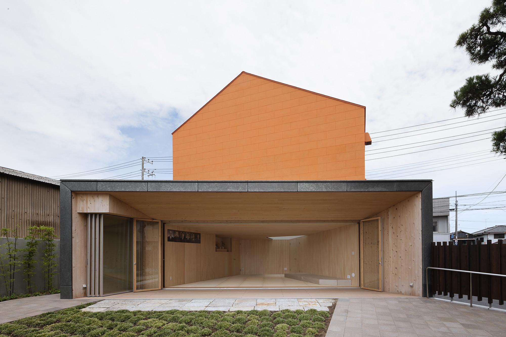 Pine Gallery / Taku Sakaushi (O.F.D.A.), © Hiroshi Ueda