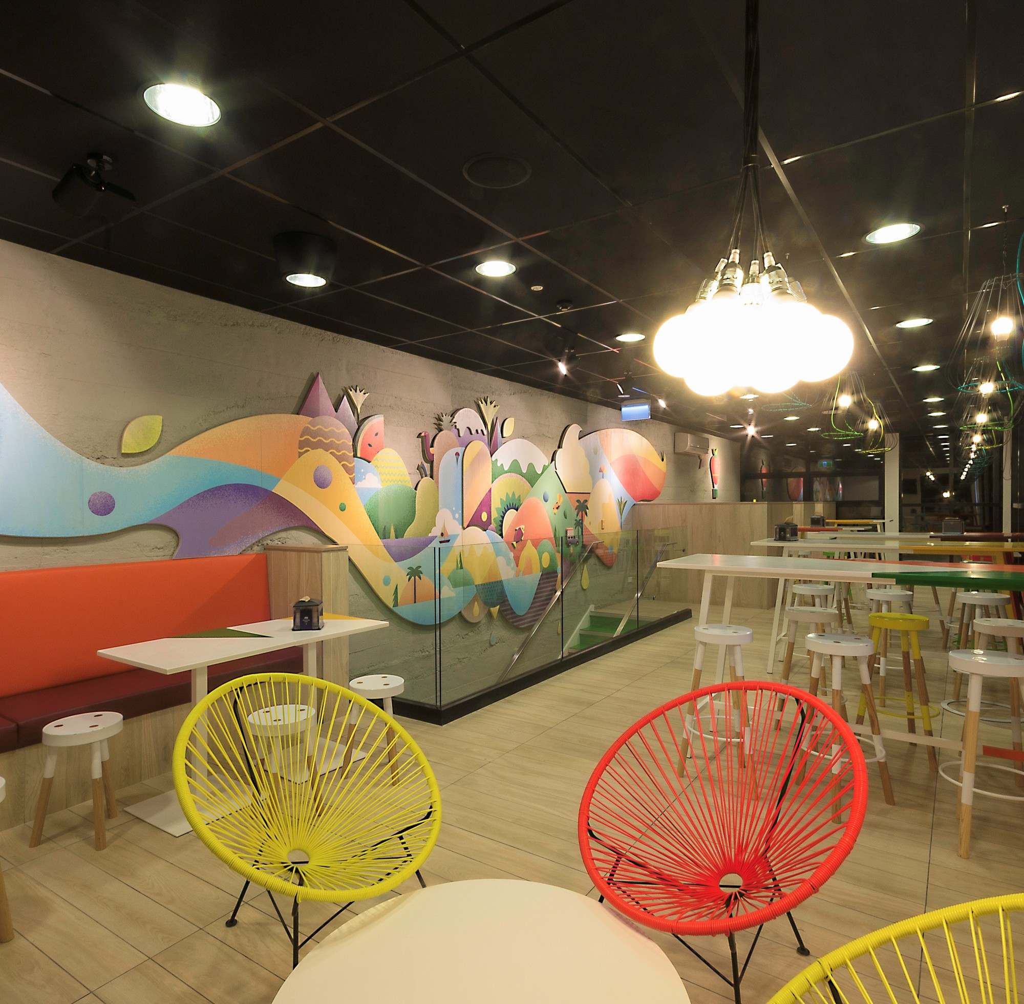 "Red Architecture Wins Top New Zealand Prize for ""Innovative Black Barn"""