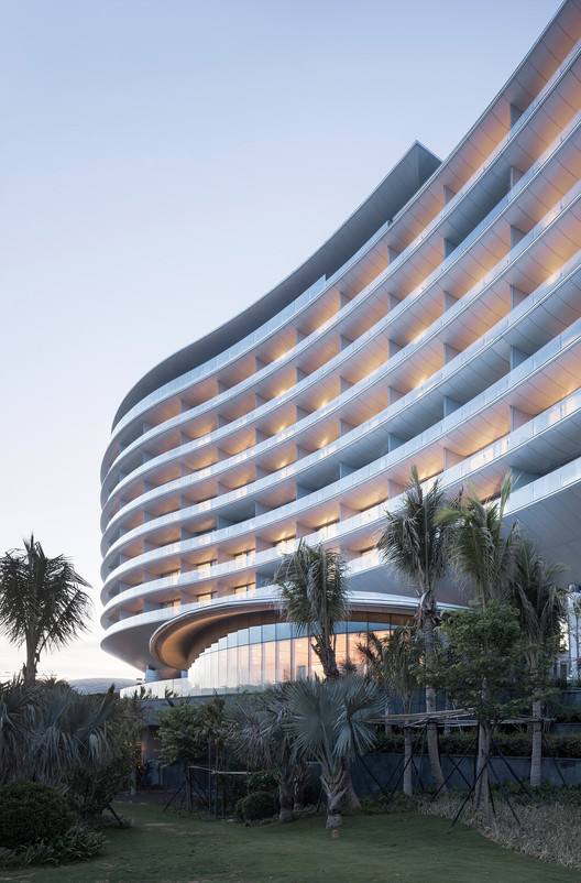 Hainan blue bay westin resort hotel gad archdaily for City hotel design