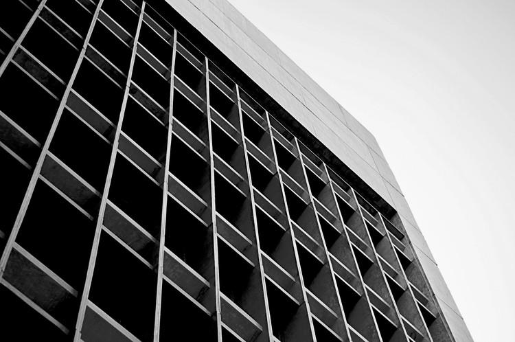 Clássicos da Arquitetura: Ministério da Fazenda de Fortaleza / Acácio Gil Borsoi, © Thiago Braga