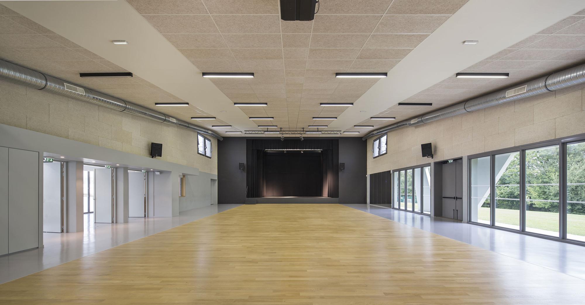 Gallery Of Salle Polyvalente De Plumergat Studio 02 2