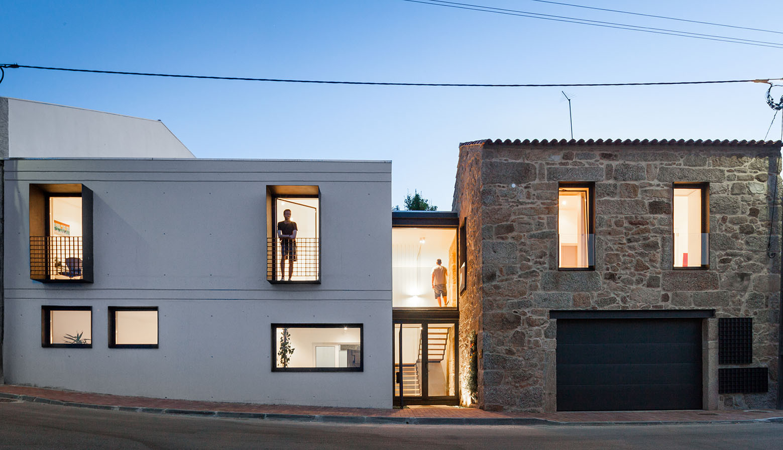 JA House / Maria Ines Costa + Filipe Pina