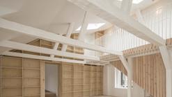 Renovación de Departamentos en Casa del año 1720 / Studiomama