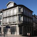 Conjunto com os edifícios A, B e C. Image Cortesia de José Rodrigues Lourenço