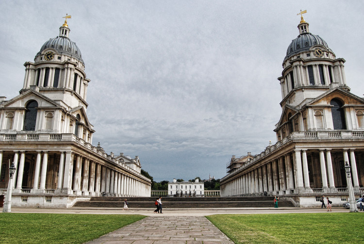 Spotlight: Sir Christopher Wren, Old Royal Navy College, Greenwich. Image © <a href='https://www.flickr.com/photos/nickschooley/6758847925'>Flickr user nickschooley</a> licensed under <a href='https://creativecommons.org/licenses/by-sa/2.0/'>CC BY-SA 2.0</a>