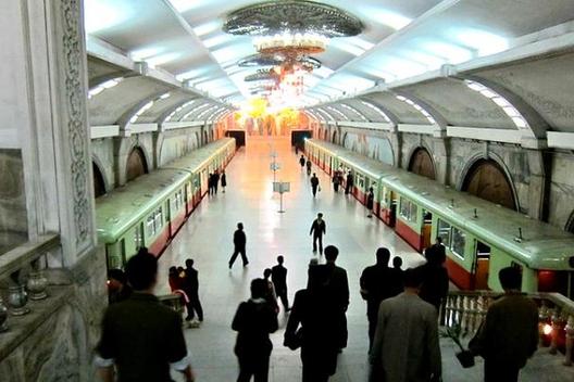 1412543471_pyongyang_metro_north_korea