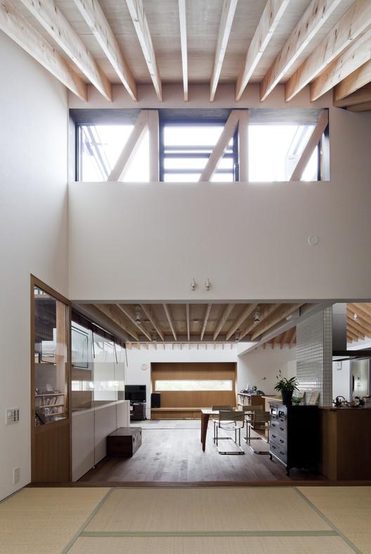 Casa do telhado côncavo No.2 / Jun Yashiki & Associates, © Hiroyuki Hirai
