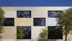 Erie Elementary Charter School / John Ronan Architects
