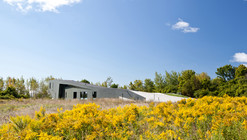 Casa en Port Hope   / Teeple Architects