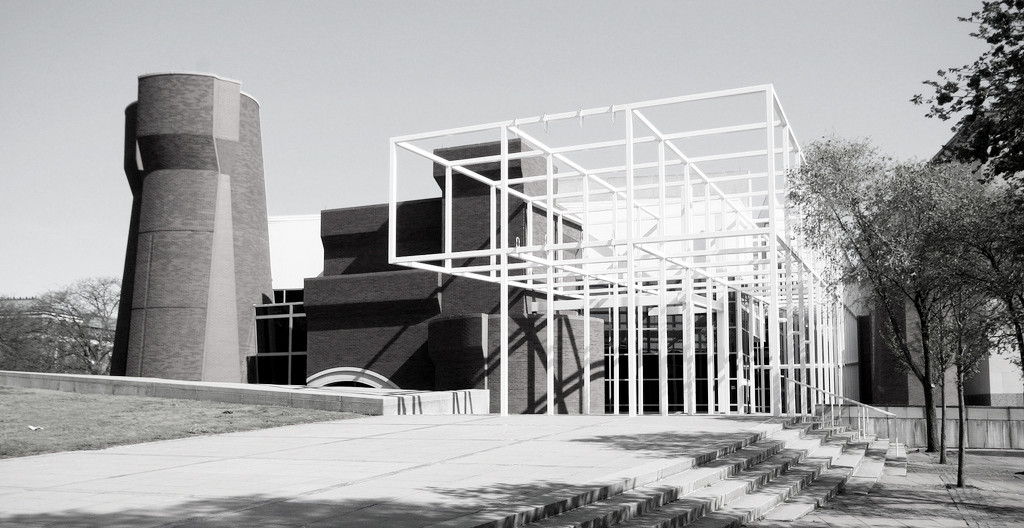 AD Classics: Wexner Center for the Arts / Peter Eisenman, © Flickr user OZinOH