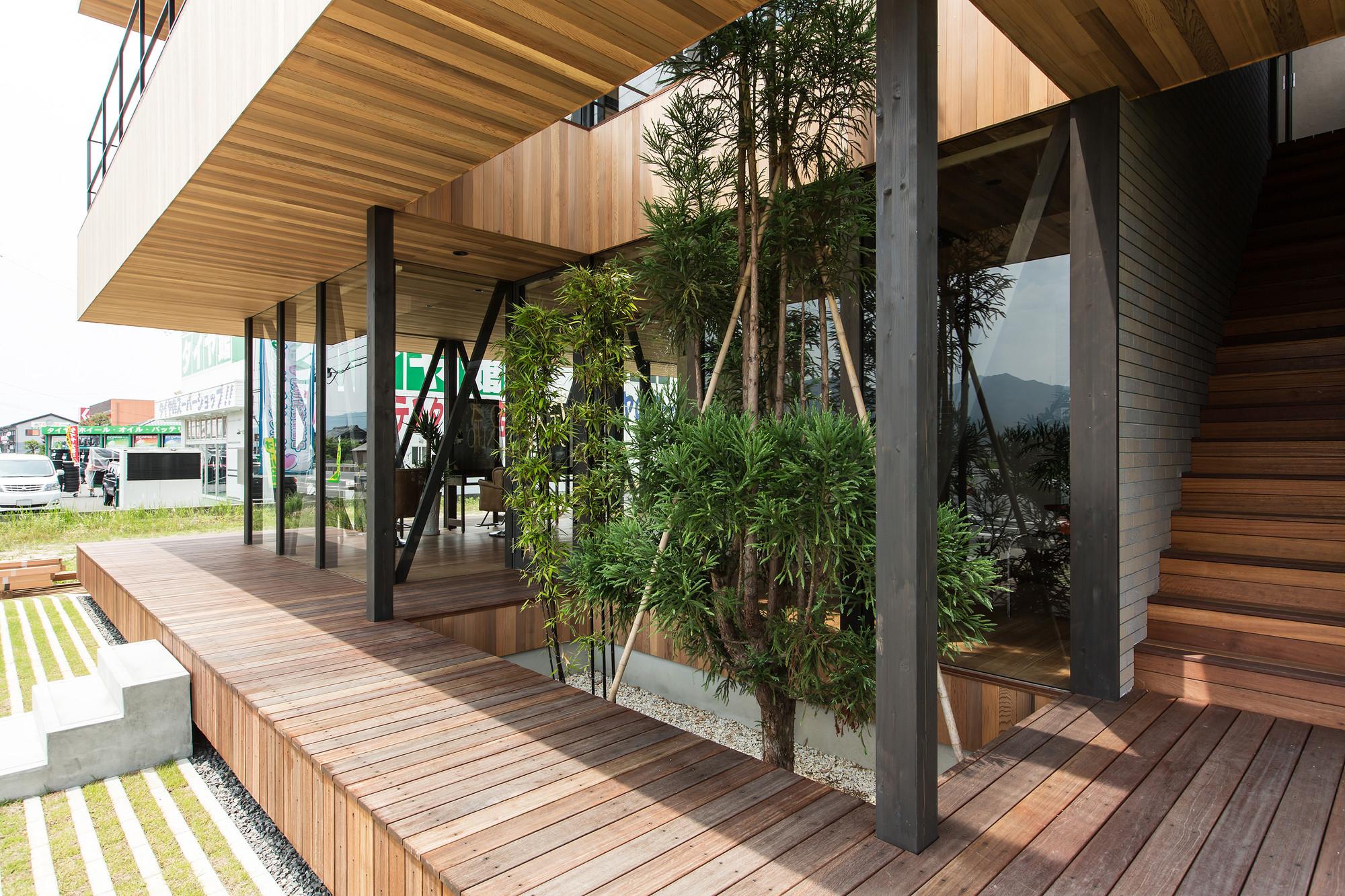 Gallery of glass wood hamada design 11 for Glass deck floor