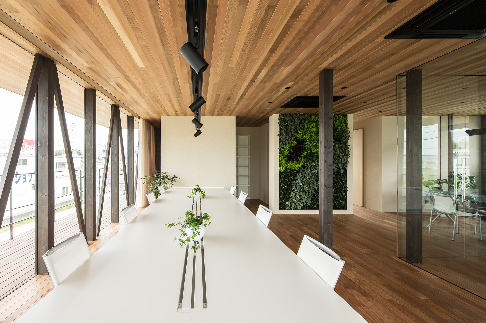 Glass + Wood / Hamada Design, © Yohei Sasakura