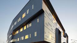Centro Stephen Hawking no Instituto Perimeter de Física Teórica / Teeple Architects