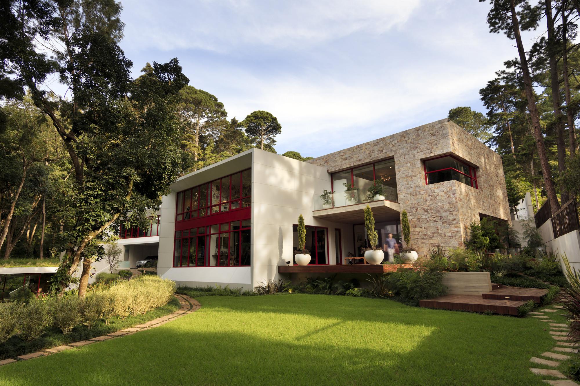 Gallery of chinkara house solis colomer arquitectos 17 for Bungalows el jardin retalhuleu guatemala