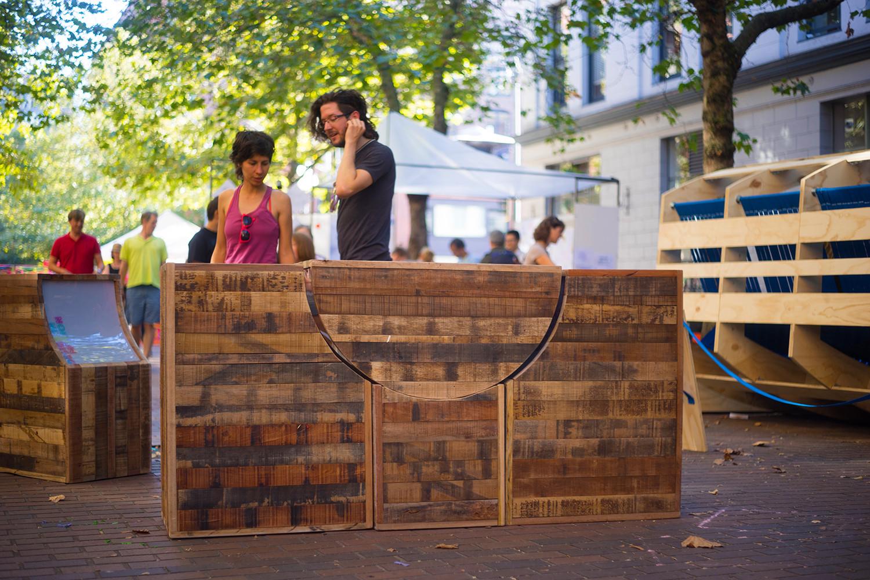 Galer a intervenci n urbana mobiliario urbano pop up for Furniture u street dc