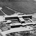 Cortesia de revista El Arquitecto Peruano (Enero - Febrero 1955)