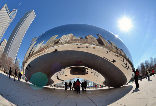 1412972099_cloud_gate_de_anish_kapoor_por_jpellgen_flickr