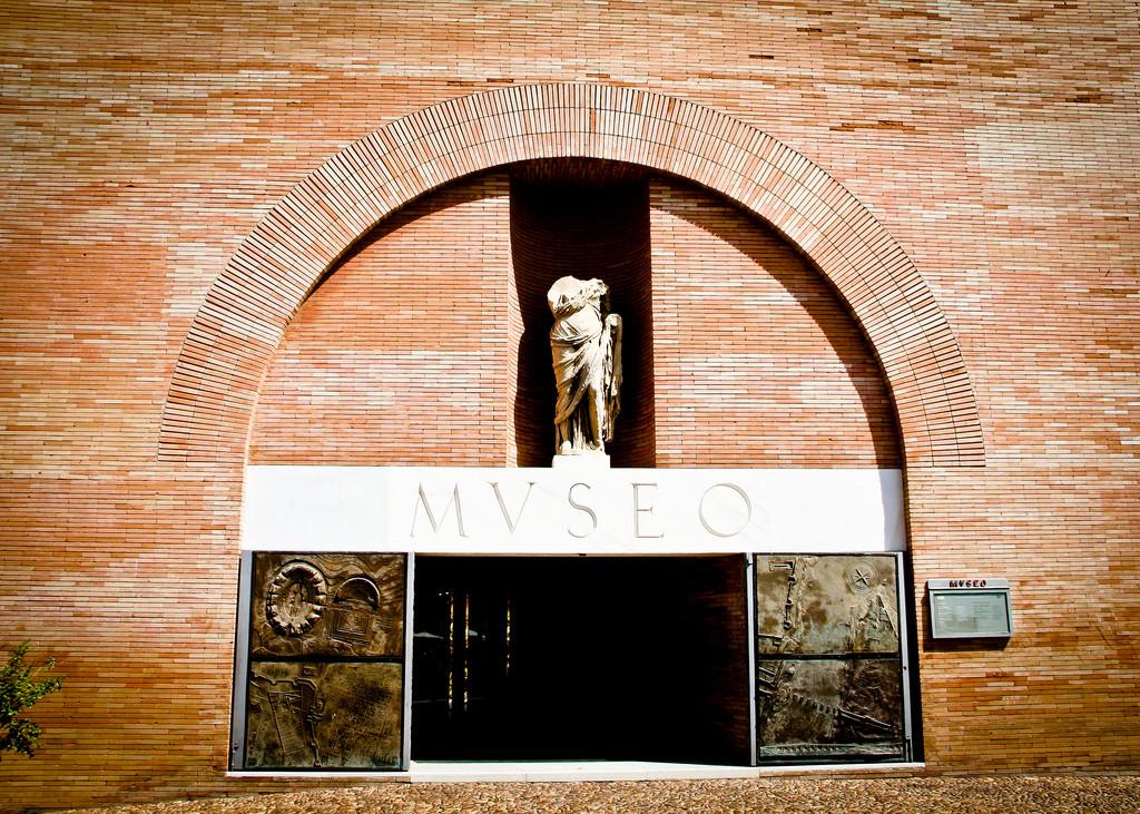 Gallery of AD Classics: National Museum of Roman Art / Rafael Moneo - 6