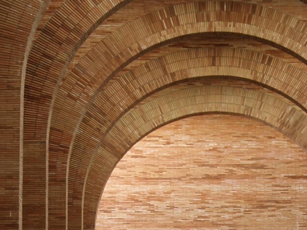 Ad classics national museum of roman art rafael moneo for Arcos de ladrillo