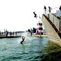 PLOT's Copenhagen Harbour Bath has been a hugely successful precedent in the urban swimming trend. Image © Casper Dalhoff
