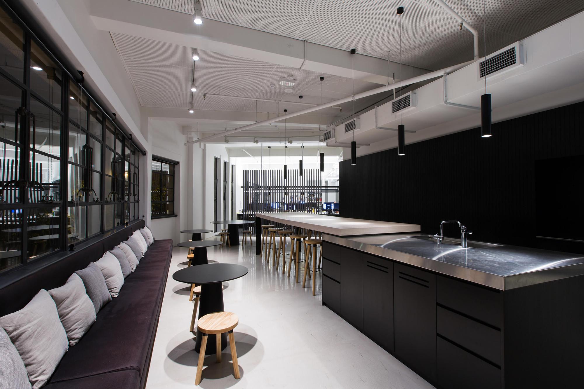 Bates Smart Sydney Studio / Bates Smart
