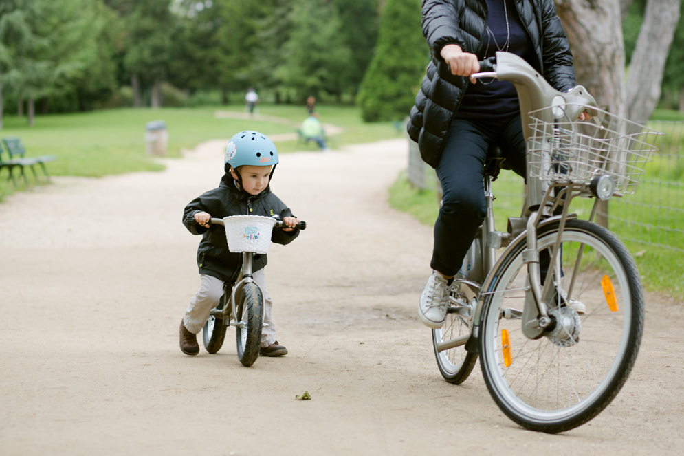 Paris lança o primeiro sistema de bicicletas públicas para crianças do mundo, Fonte: P'tit Vélib'