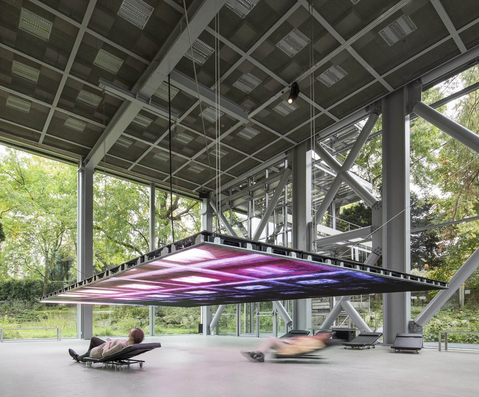 """Instalação """"Musings on a Glass Box"""" de Diller Scofidio + Renfro ocupa a Fondation Cartier em Paris, © Diller Scofidio + Renfro"""